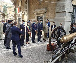 IL PALAZZO DI CONFEURO: L'UNITA' D'ITALIA E UN COLPO DI CANNONE PASSATO ALLA STORIA